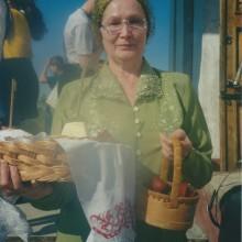 MD Coming Home: 2002, Arte-Film - Zu Tisch in Russland, Osterzeremonie 2; Fotografin: Veronika Wengert