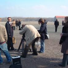 MD Coming Home: 2005, RBB Dokumentarfilm - Schatten des Schweigens, Dreharbeiten Buchenwald 1; Fotograf: Peter Wensierski